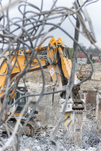 Heitkamp Erd- und Straßenbau GmbH bereitet den Ausbau des Phoenix See in Dortmund Hörde vor.